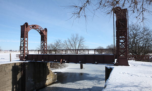 Lift Bridge at Lock 21
