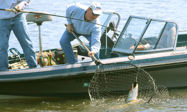 Prairie Lake Muskie Fishing