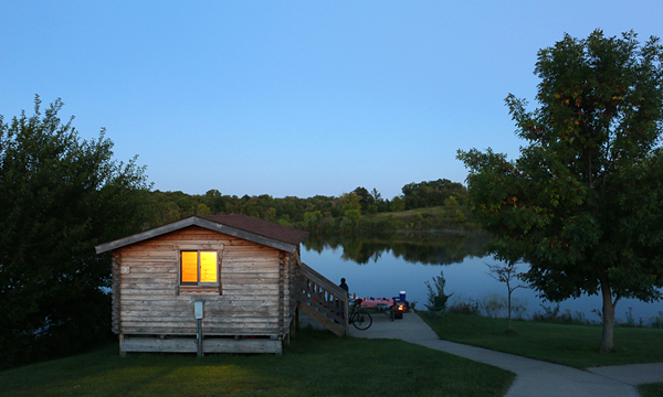 Cabin on Prairie Lake