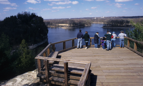 Overlook of the Illinois River
