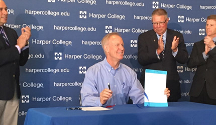 Governor Rauner signs HB 5020