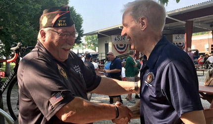 Rauner enacts legislation to streamline services for veterans