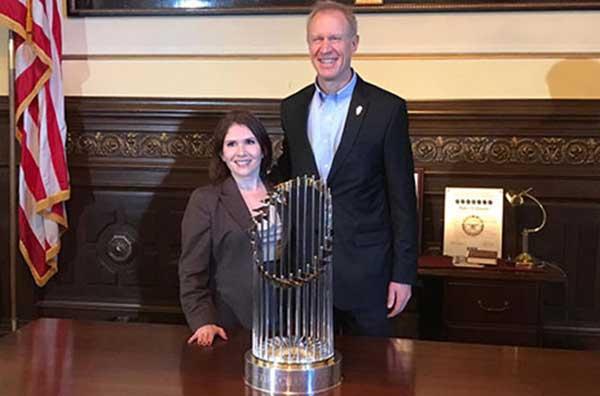 Lt. Gov. and Gov. with Cubs trophy