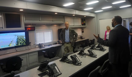 Governor Rauner Visits Illinois Emergency Management Agency